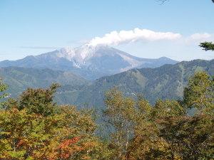 高時山頂上からの御嶽山