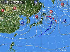 3/5の15時現在の実況天気図
