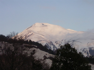 蓮華温泉からの雪倉岳