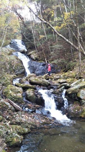 3段25mの美しい滝